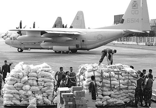 Aid-US-Marines