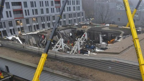latvia-collapse-afp-22nov2013