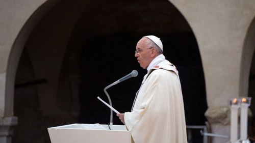 pope-francis-visits-assisi-20131004-afp